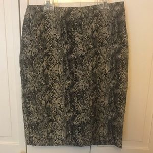 NWT Talbots Snake Skin Pencil Skirt